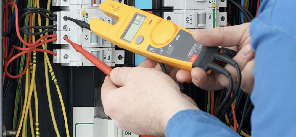Commercial & Industrial Electrician